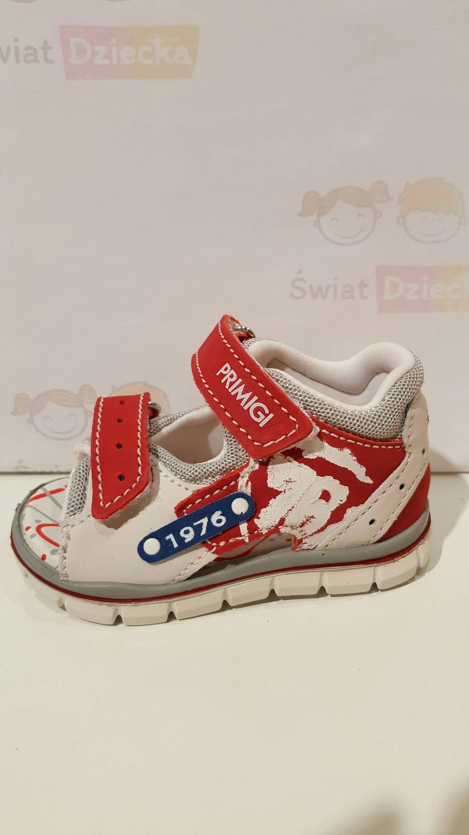 Czerwono - białe sandały Primigi 5557000